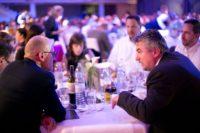 Gespräche während der Gala